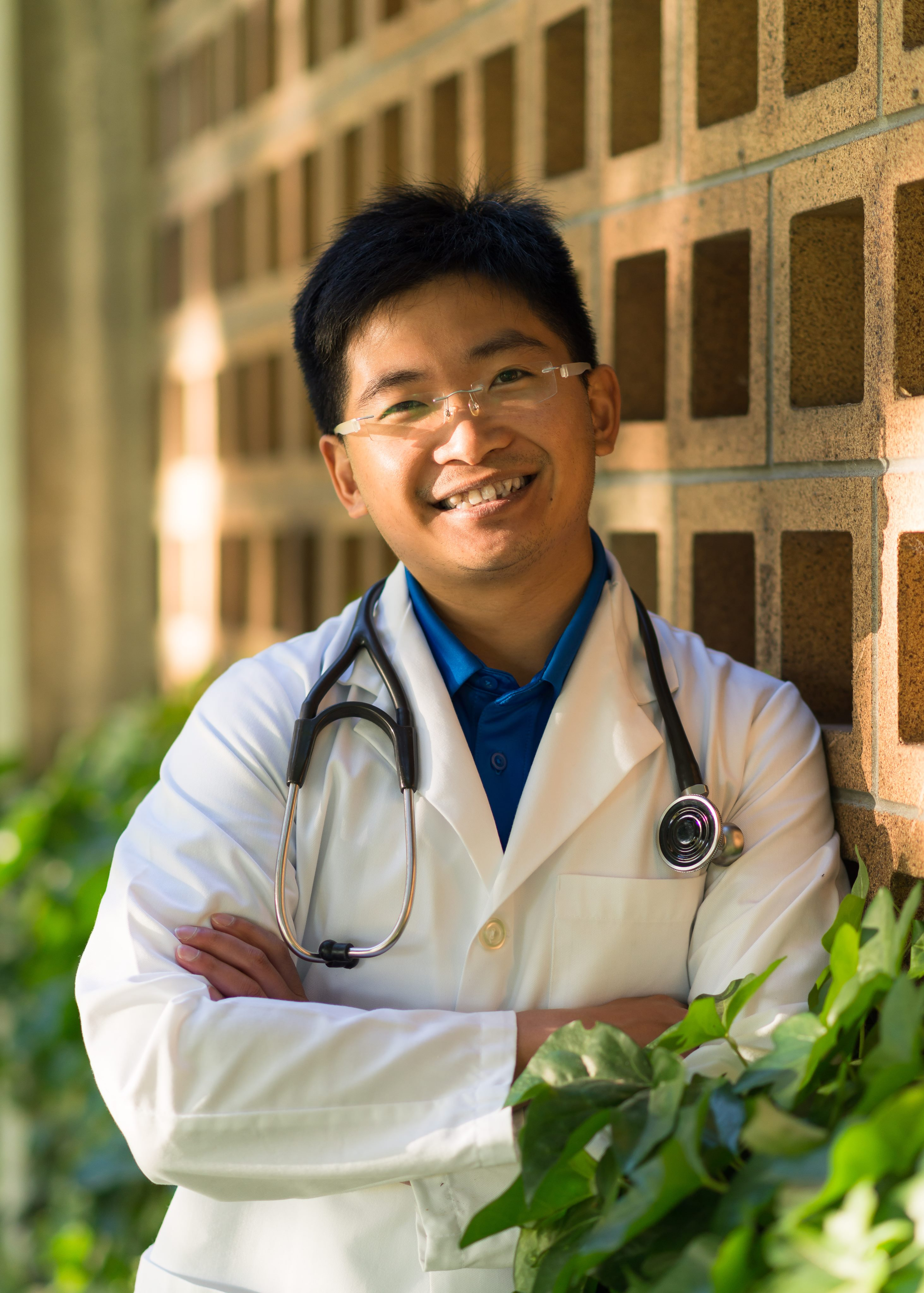 Dr. Romi Fung, ND